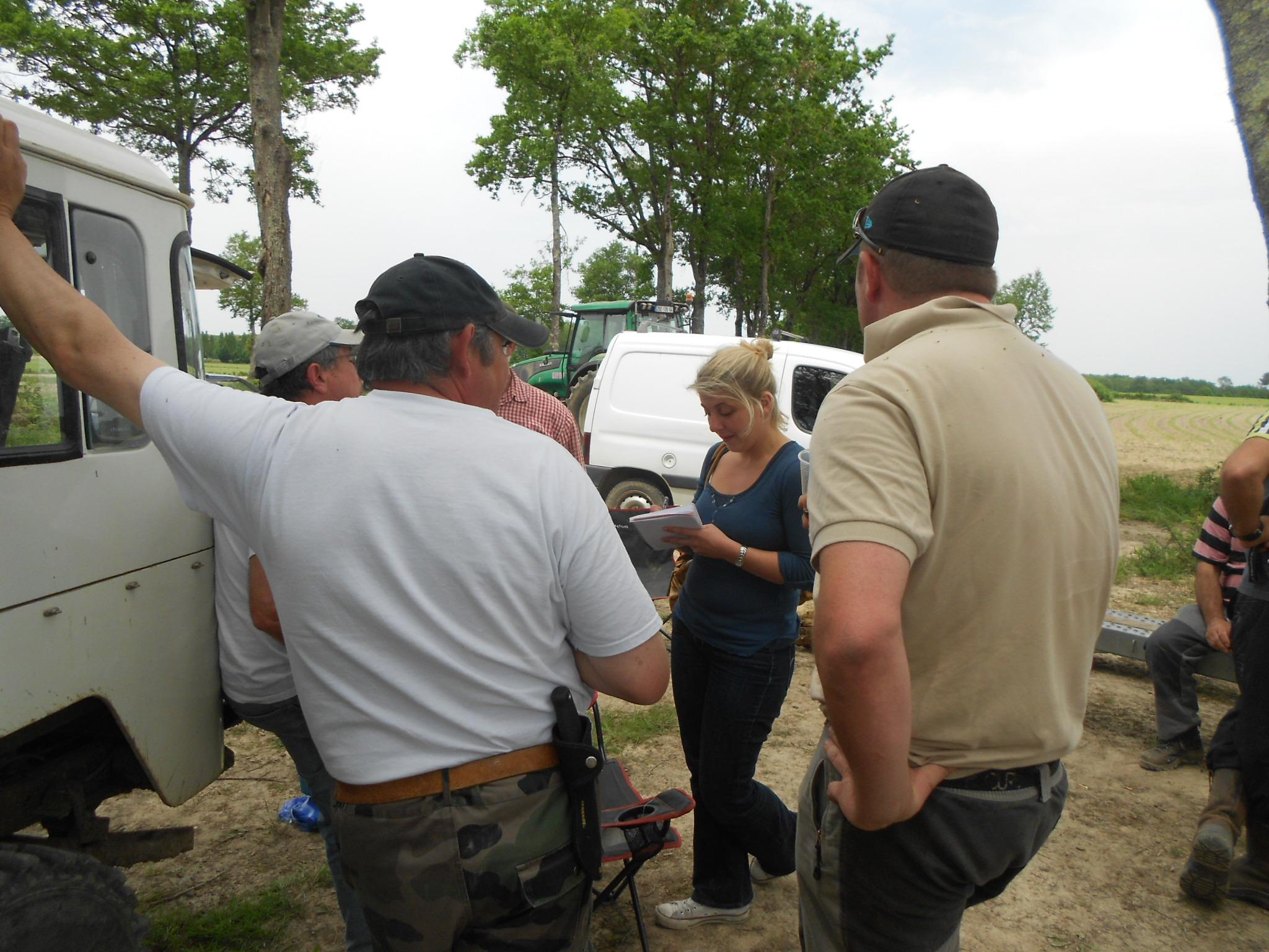nous avons la visite d'une journaliste de sud ouest, qui prendra tous les rensiegnements de l'avancement de notre nouvelle spéciale